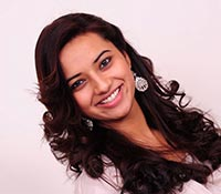 Isha Chawla (High Definition) Photos