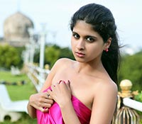 Naveena (High Definition) Photos