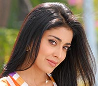 Shriya Saran (High Definition) Photos