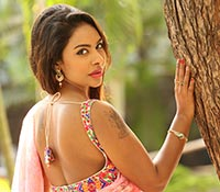 Sri Reddy Mallidi (High Definition) Photos