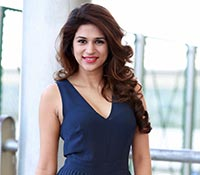 Shraddha Das (High Definition) Photos
