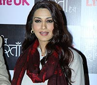 Sonali Bendre Photos