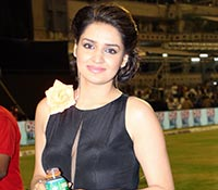 Avneet Kholi Photos