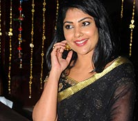 Kamalinee Mukherjee Photos