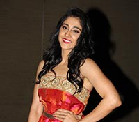 Regina Cassandra Photos