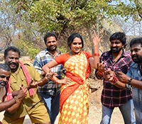 Veta Kodavallu (On The Sets) Photos